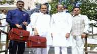 महाराष्ट्र: ठाकरे सरकार के पहले बजट के बाद 1 रुपए महंगा हुआ पेट्रोल-डीजल