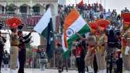 लॉकडाउन: पाकिस्तान में फंसे 300 भारतीयों को स्वदेश लौटने की मिली अनुमति, आज अटारी-बाघा बार्डर से पहुंचेंगे भारत