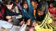 महामारी में कैसे पढ़ाई कर रहे हैं पाकिस्तान के बच्चे ?