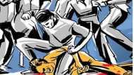 असम: बांग्लादेश से घुसे तीन संदिग्ध पशु तस्करों की भीड़ ने पीट-पीटकर की हत्या