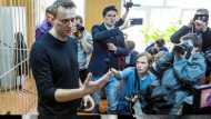 Alexei Navalny Arrested: रूस पहुंचते ही पुतिन के विरोधी नवेलनी गिरफ्तार, पिछले साल दिया गया था जहर