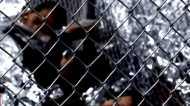डोनल्ड ट्रंप ने बदली विवादित प्रवासी नीति, अब साथ रहेंगे परिवार