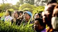 थाईलैंड: गुफा से निकाले बच्चों के बारे में उनके माता-पिता को क्यों नहीं बताया गया?