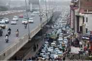 भारत में ऑटो इंडस्ट्री का पहिया क्यों थम गया