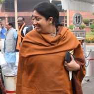 'RAPE IN INDIA' बयान के बाद राहुल गांधी, स्मृति इरानी ने क्या कुछ कहा?