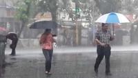 केरल  में भारी बारिश की आशंका, मुंबई में जारी है Red Alert