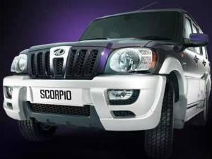 04-mahindra-scorpio-300.jpg