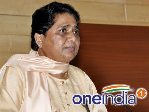 Uttar Pradesh Mayawati Samajwadi Party Projects To Close Aid0146