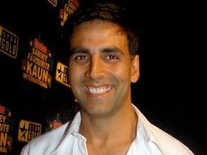 Akshay Kumar Turned Singer For Special Chabbis