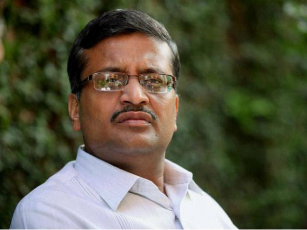 AAP protests IAS officer Ashok Khemka's transfer