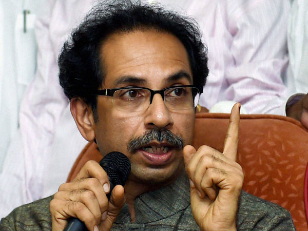 uddhav thackrey dares bjp for surgical strike in dussehra rally