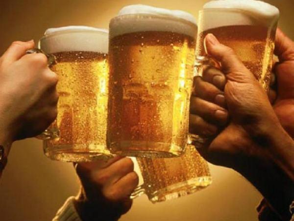 सैन्यकर्मी ड्यूटी के बाद पी सकते हैं शराब, हद में रहे तो कोई गलत बात नहीं |  Army person can drink after their duty hour says armed forces tribunal. -  Hindi Oneindia