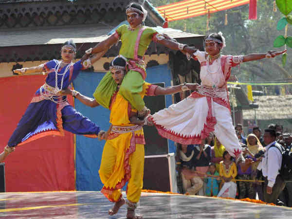 essay on surajkund mela Current affairs 2018 - the 32nd surajkund international crafts mela begun in faridabad, haryana the mela is organized by the surajkund mela authority and haryana tourism in collabor.