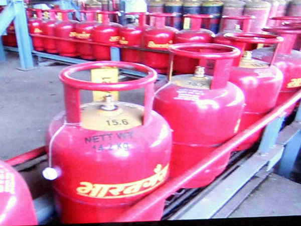 More than 38 lacs LPG user gas subsidy may lapse in UP