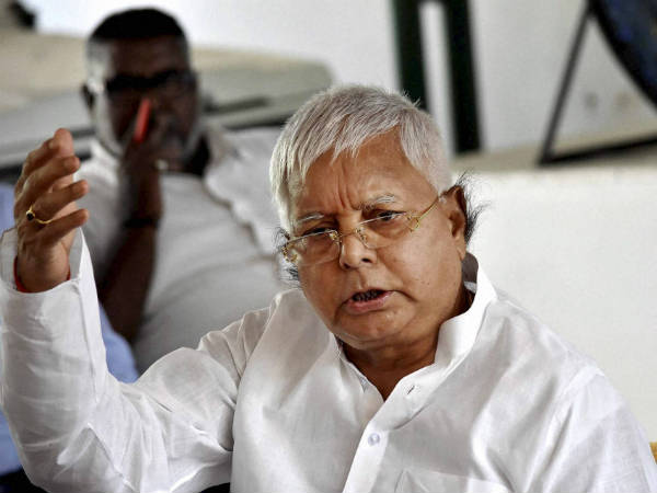 Lalu Prasad Yadav likely to campaign for Samajwadi Party in UP poll