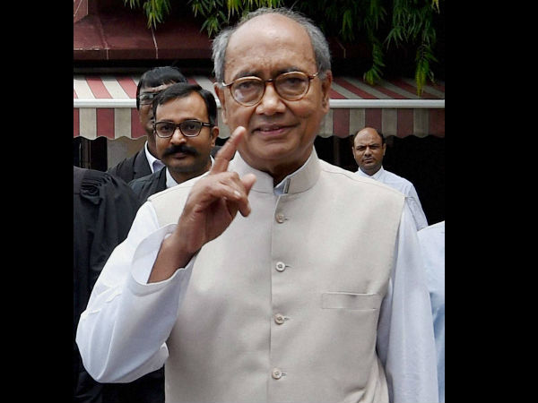 VHP and Munawwar Rana slams Digvijaya Singh for remark on Kashmir