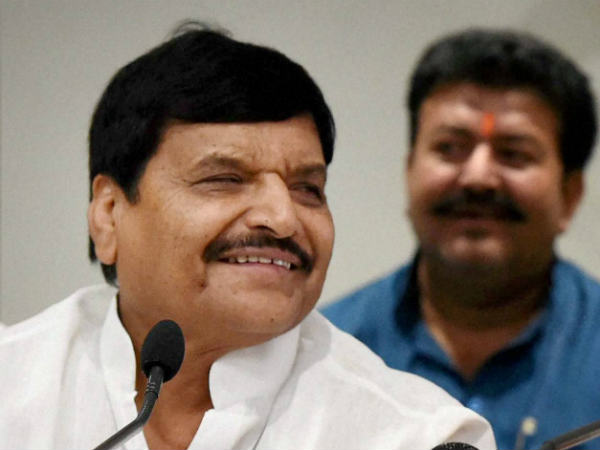 Shivpal Singh to take final call after meeting with Mulayam Singh Yadav