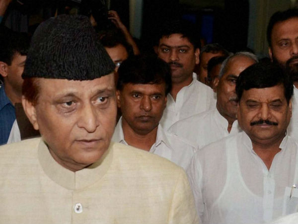 Azam Khan calls Samajwadi party a shinking ship