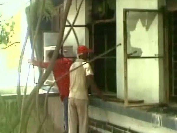 पश्चिम बंगाल: मुर्शिदाबाद के अस्पताल में लगी आग, तीन की मौत