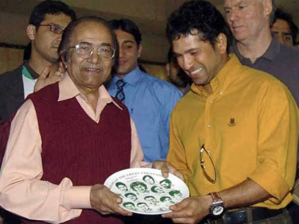 Hanif Mohammad survives after losing heartbeat for six minutes