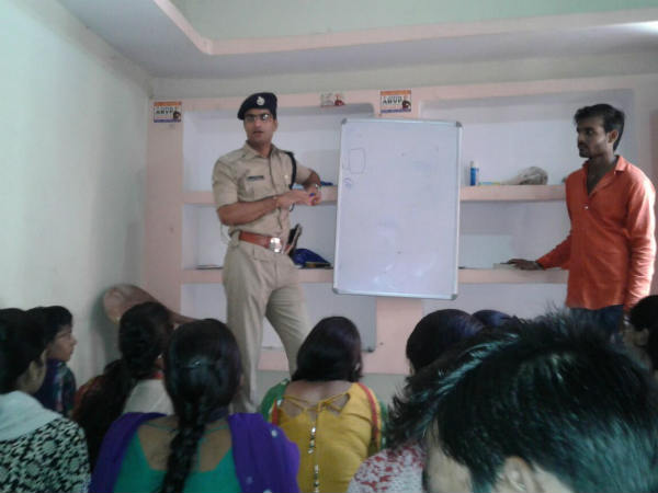 A trainee IPS in Bundelkhand giving training and free coaching to youth