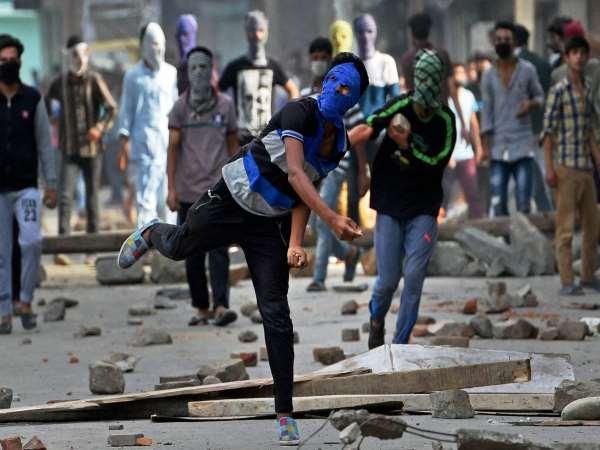 हिंसा से डांवाडोल हुई घाटी की आर्थिक स्थिति, अब तक 6,700 करोड़ रुपए का नुकसान