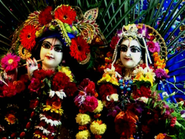 What is the relation between Thursday and Krishna Janmashtami in Hindi