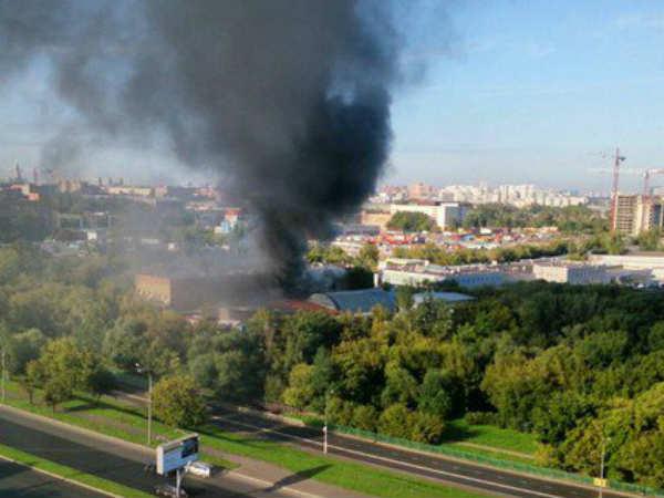 मॉस्को के एक गोदाम में आग से 16 लोगों की मौत