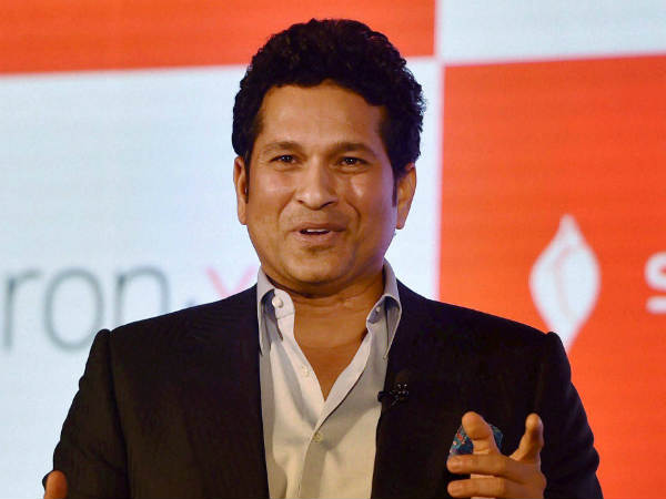 Olympics 2016: Sachin Tendulkar lands in Rio, to cheer for India