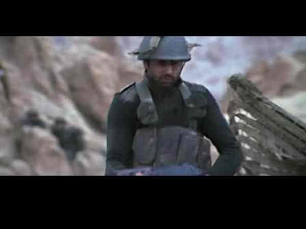 kargil war synopsis Synopsis: two journalists, sent to report on the kargil war, fall in love on the war field review: love stories set against war backdrop is nothing new to tamil.