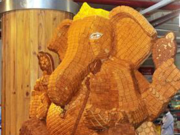 Ganesh Chaturthi 2016: Gives us Money and Happiness