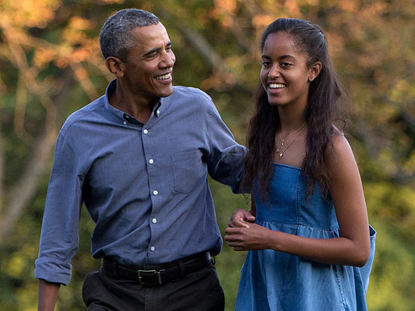 barack-obama-malia-obama-beer-party.jpg