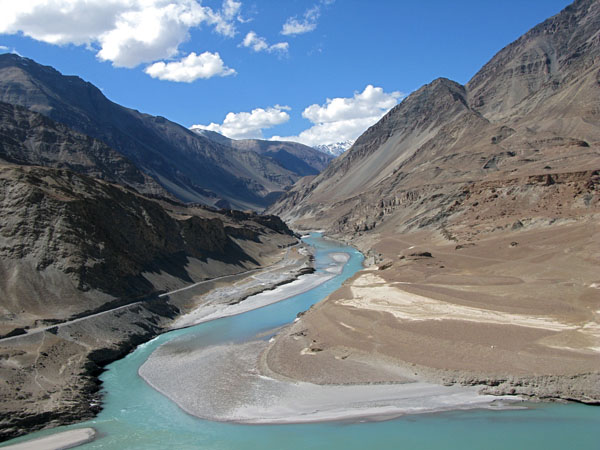indus-river-india-pakistan.jpg