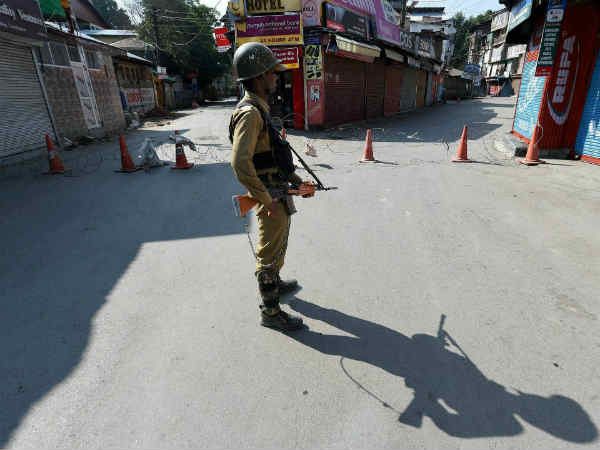 pellet-guns-jammu-kashmir-high-court600