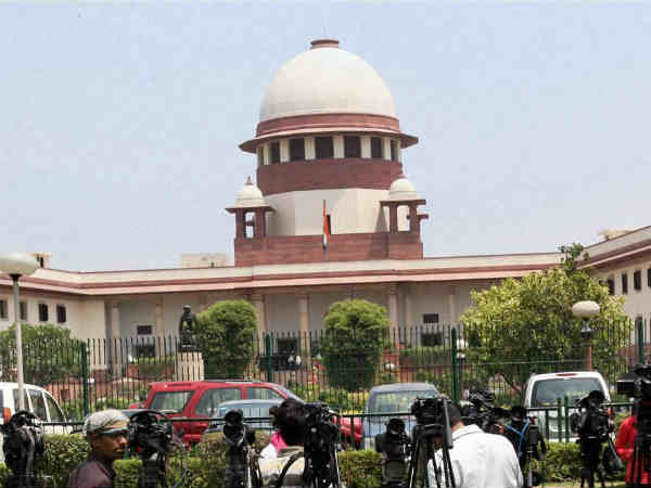 Lifetime ban on convicted netas: Supreme Court seeks Center, Election Commission's views