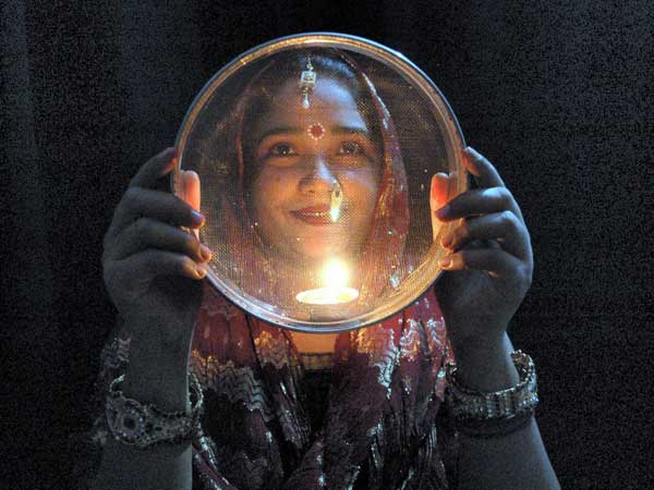Why Karwa or Karve Chauth 2016 is very Special?