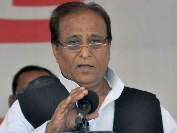 Azam Khan and Raja Bhaiya gives their favor to Akhilesh Yadav
