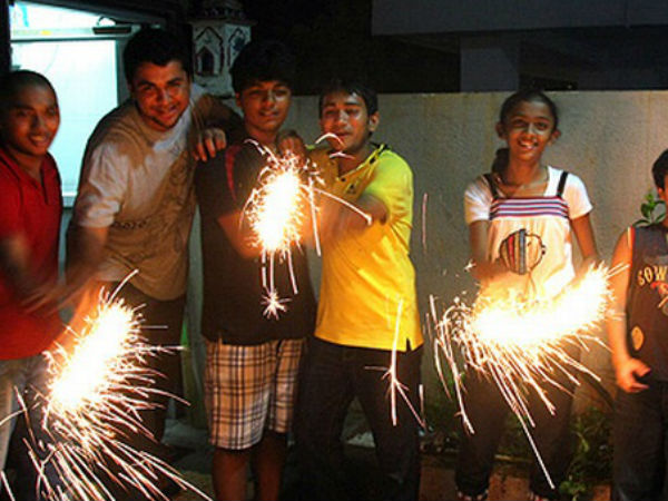 Tips for a Safe and Healthy Diwali in Hindi