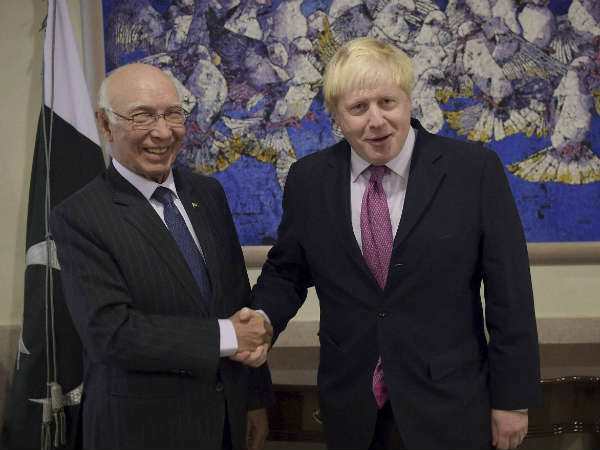 british-foreign-secretary-pakistan-kashmir.jpg