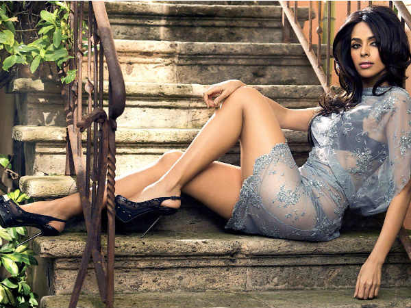 Mallika Sherawat tear-gassed and beaten up by masked thugs in Paris