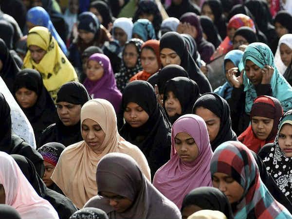 पढ़ें-अमेरिका में मुसलमानों की रजिस्ट्री फिर से शुरू करेंगे डोनाल्ड ट्रंप
