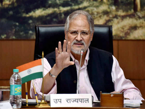 Delhi pollution: LG Najeeb Jung announces crackdown on old vehicles; entry of trucks