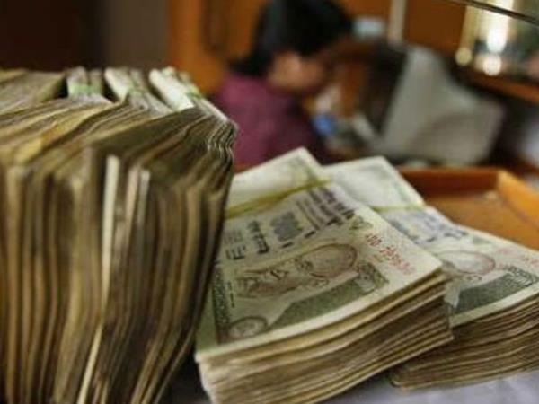 Demonetisation: Rs 14 lakh crore cash value out, only 1.5 lakh crore in, says report