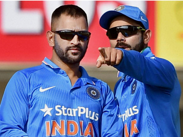 Mahendra Singh Dhoni is Cool and Virat is very Hot said Ravi Shastri