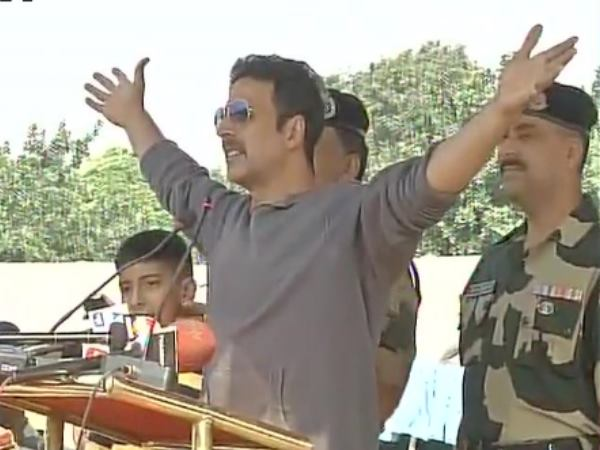 Akshay Kumar donated Rs 1.08 cr to families of 12 CRPF men who lost their lives in Maoists attack in Sukma