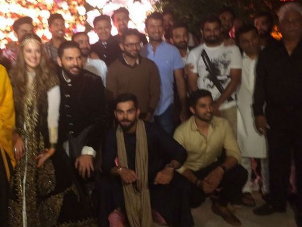 Virat Kohli and Team India in attendance at Yuvraj Singh-Hazel Keech cocktail ceremony