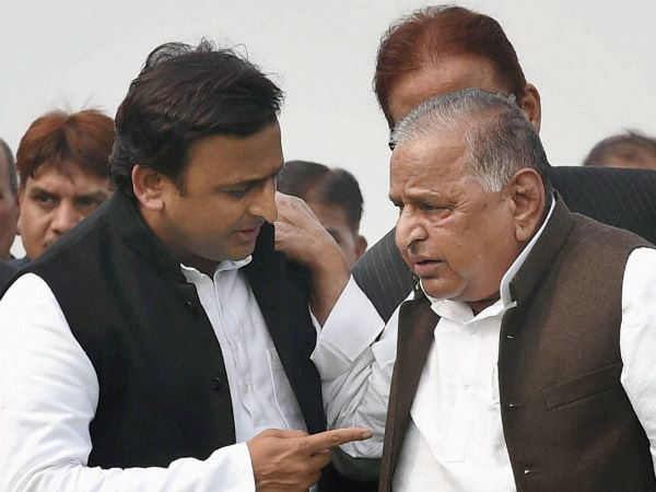 Mulayam singh Yadav Expelled Akhilesh Yadav for 6 years and said he always fight with me