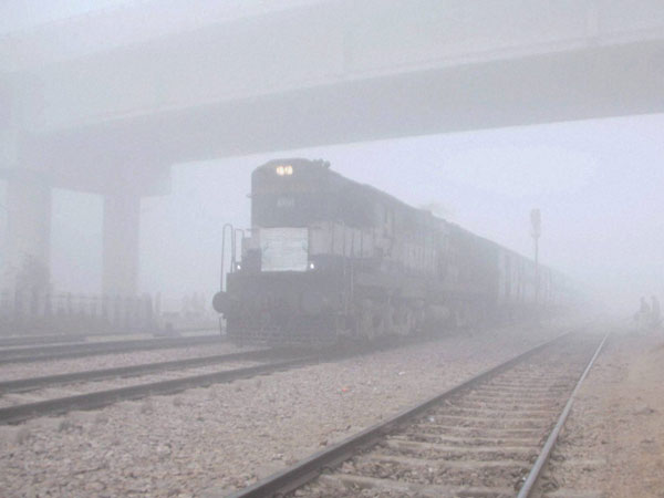 33 trains delayed (Arriving late in Delhi), 3 rescheduled due to fog/other operational reasons