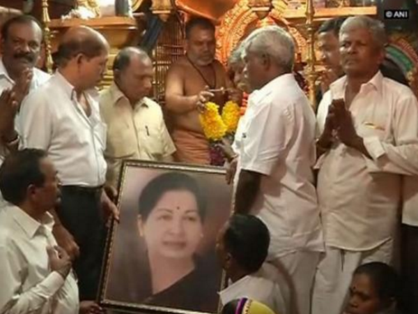 Jayalalithaa continues to be very critical, says Apollo Hospital