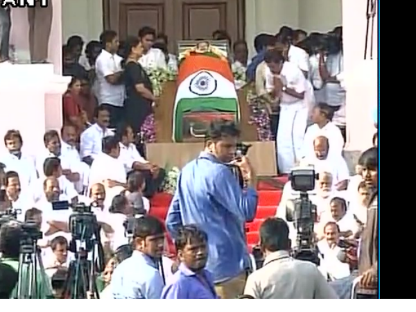 Jayalalithaa passed away: Live Updates
